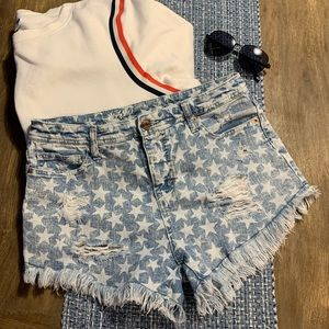 Mossimo destroyed high waist star shorts size 8
